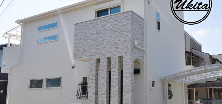 長期優良住宅のおしゃれな白亜の家。